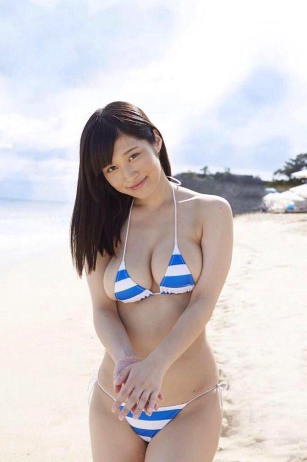橘花凛のHカップおっぱい画像14