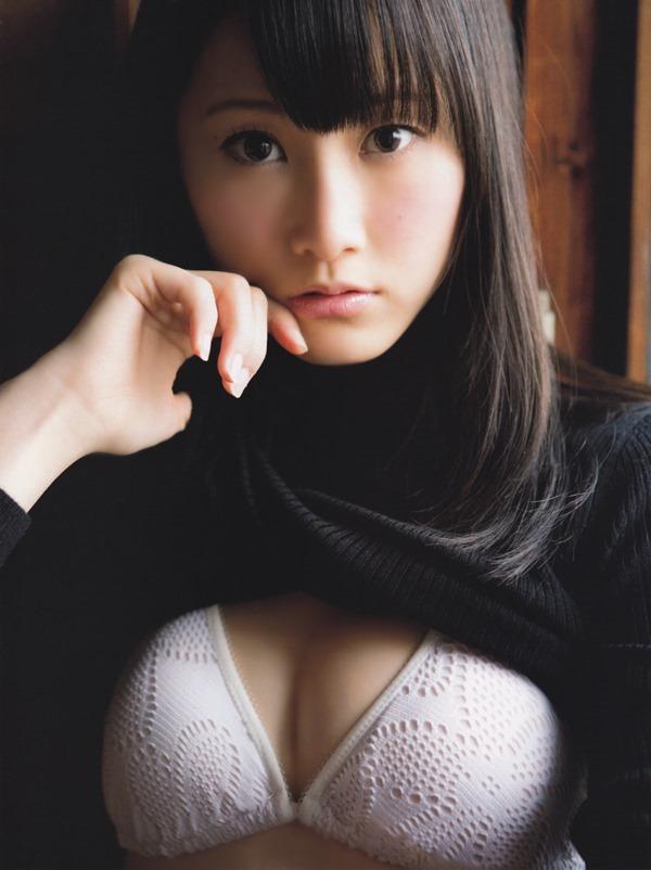 SKE48松井玲奈の過激グラビア画像17