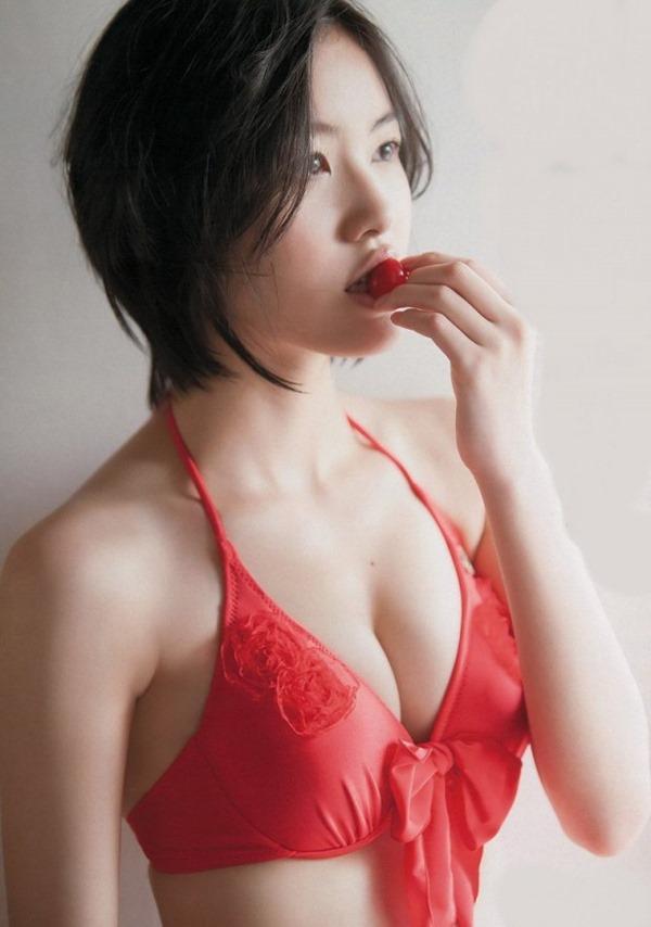 SKE48松井珠理奈のむっちりボデイ画像2