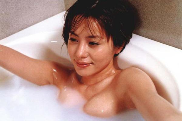 さとう珠緒の乳首ヘアヌード巨乳画像