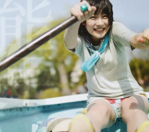 能年玲奈のグラビア水着画像
