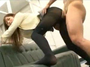 着衣SEXで喘ぐしてよがる黒ストッキングオネエさん(FC2Adult)