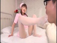 マジで可愛い美少女ナースの白パンスト美脚を堪能しフェラサービス!