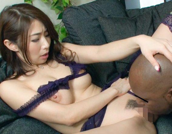 黒デカチ○コにマジイキ!子宮まで届くデカチ○コに、忘れていた女の喜びを思いだす。篠田あゆみ