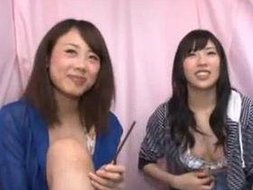 ほろ酔いミズ着小娘2人組をキャッチして車の中でセックスなGAMEに挑戦してもらいました☆
