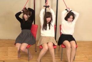 (シロウト)負けたら即ナカ出しのバツGAME☆お母ちゃん友三人組が玩具を突っ込まれたままクイズに挑戦☆