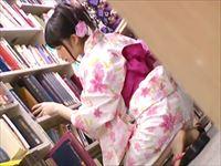 図書館にいた浴衣姿の美女に立ちバックで中出し