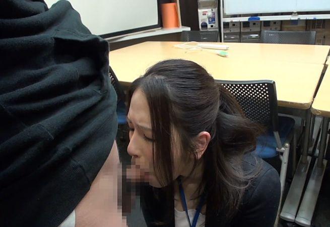 SOD女子社員 『SOD女子社員作品』への出演交渉を受けた女子社員達 撮影前のカメラテストで本編では見せなかったHな素顔を見せた17名