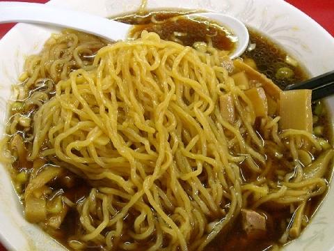 つり吉小千谷店・H27・2 メンマラーメン 麺