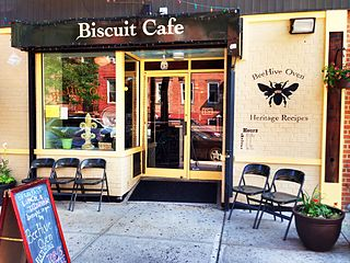 320px-BeeHive_Oven_Biscuit_Cafe.jpg
