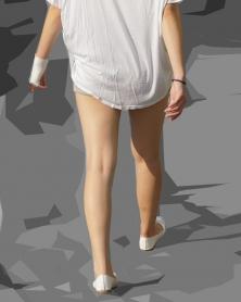 綺麗でツルツル美肌の生美脚