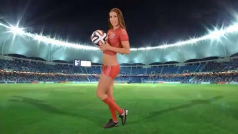 アダルト動画:スペイン美女のボディーペイント