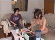 葵つかさ 友達の家に泊りに行ったら妹が裸族だった