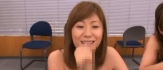 麻美ゆまM男チンポフェラ抜き対決画像