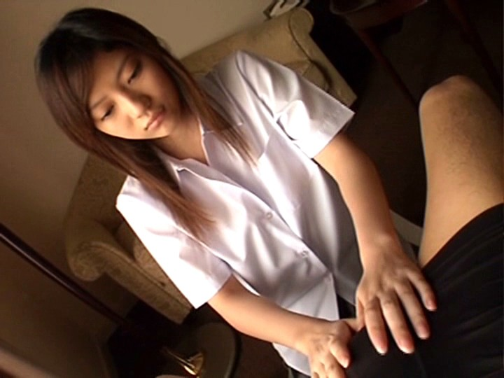 【美里麻衣(みさとまい) 無修正動画】adaruto 18歳初めてのAV撮影