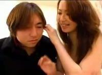 【きんしんそうかん 無臭せい動画】adaruto 思春期弟のオナニーを目撃してしまった姉が興奮して・・・
