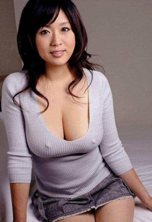 おっぱい 乳首 33