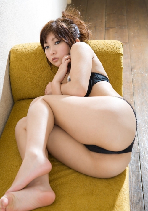 ふともも モモウラ 07