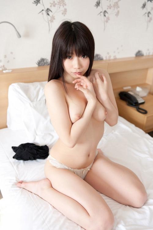 黒髪 美少女 画像 01