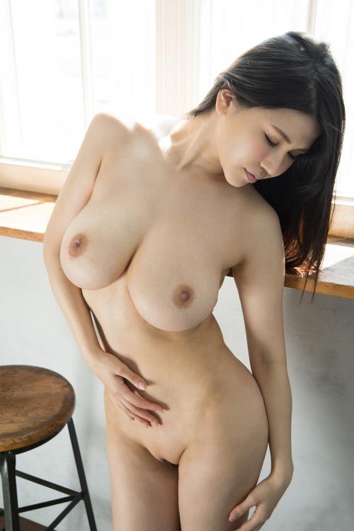 美乳 おっぱい 画像 20