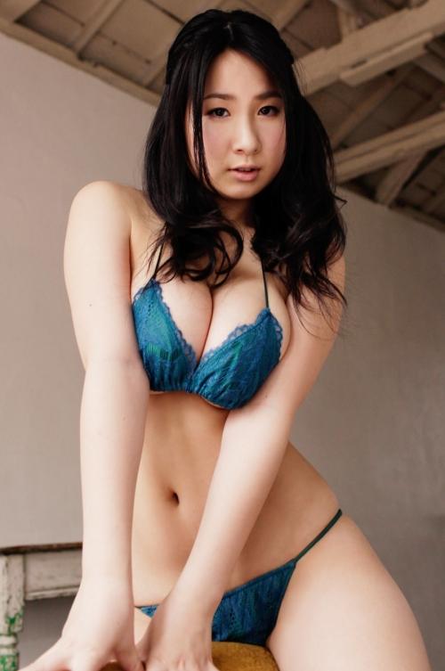 桐山瑠衣 画像 33