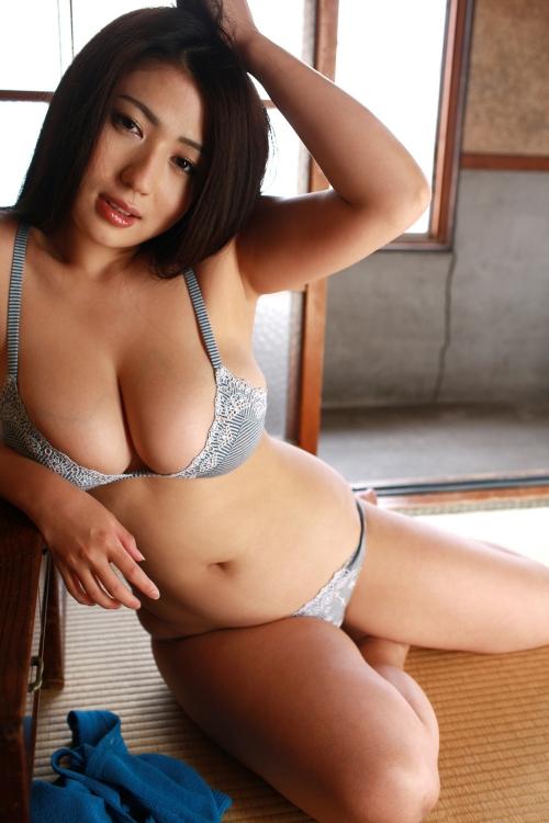 滝沢乃南 32