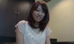 【無修正】出会い系で知り合った女子大生アヤちゃん(21歳)をハメ撮り!
