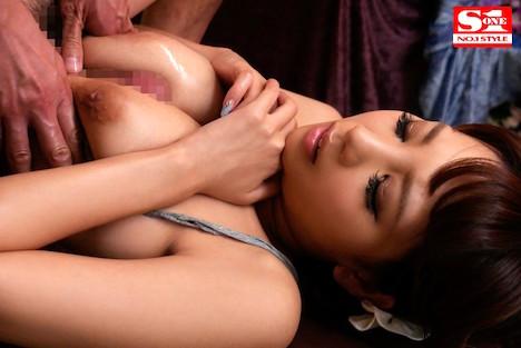 【新作】美乳がポロリ RION 10