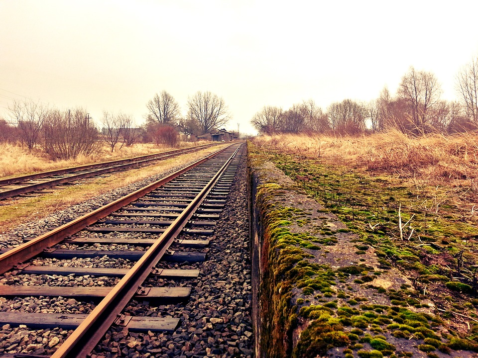 rail-234318_960_720.jpg