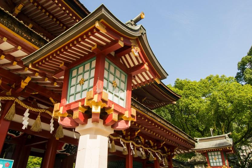 灯篭と楼門