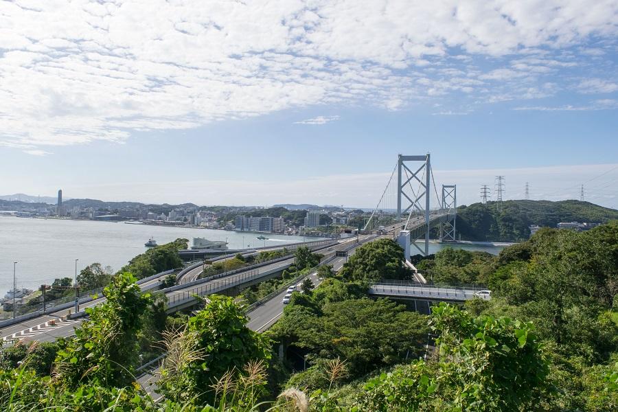 関門大橋と下関