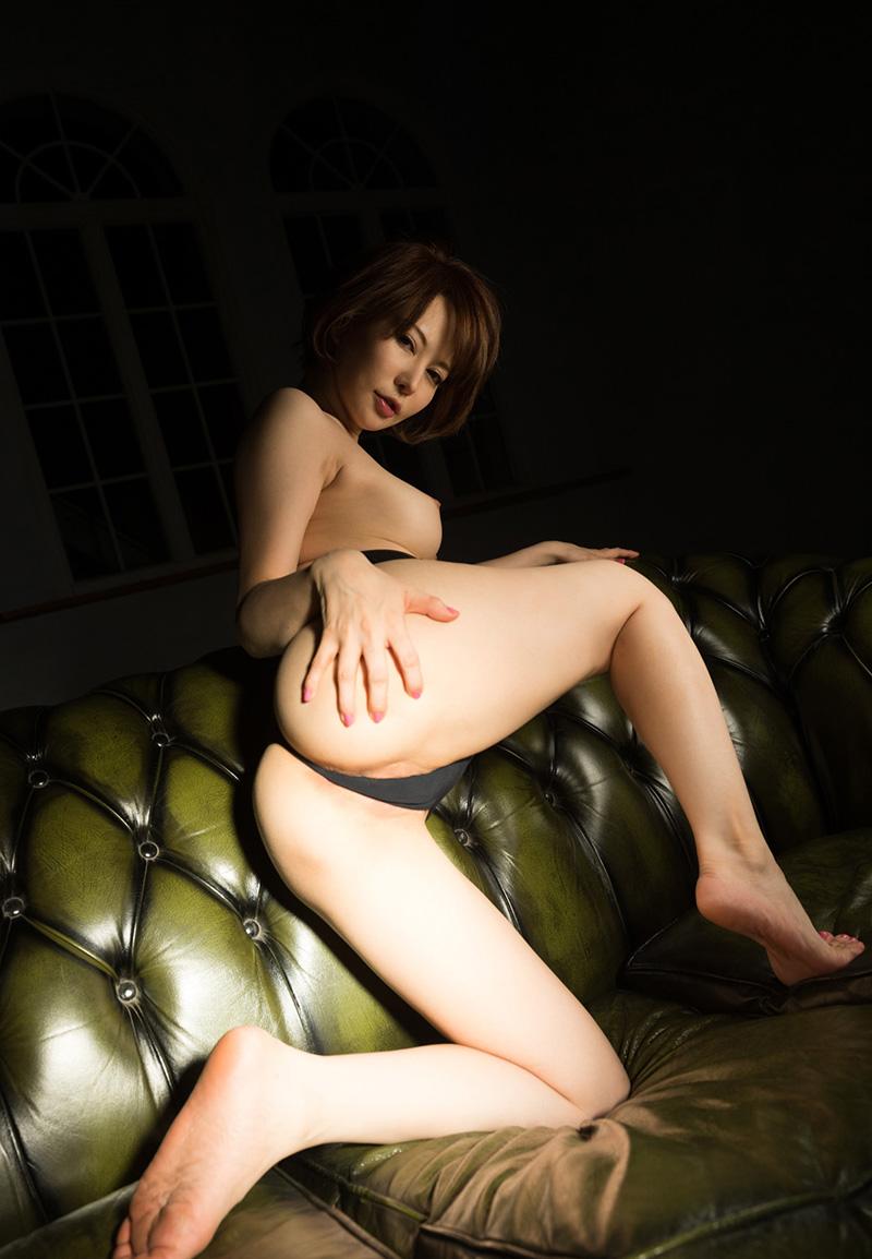 【No.27320】 お尻 / 里美ゆりあ