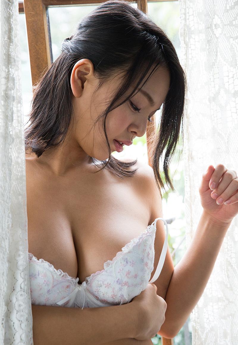 【No.27734】 谷間 / 南真菜果