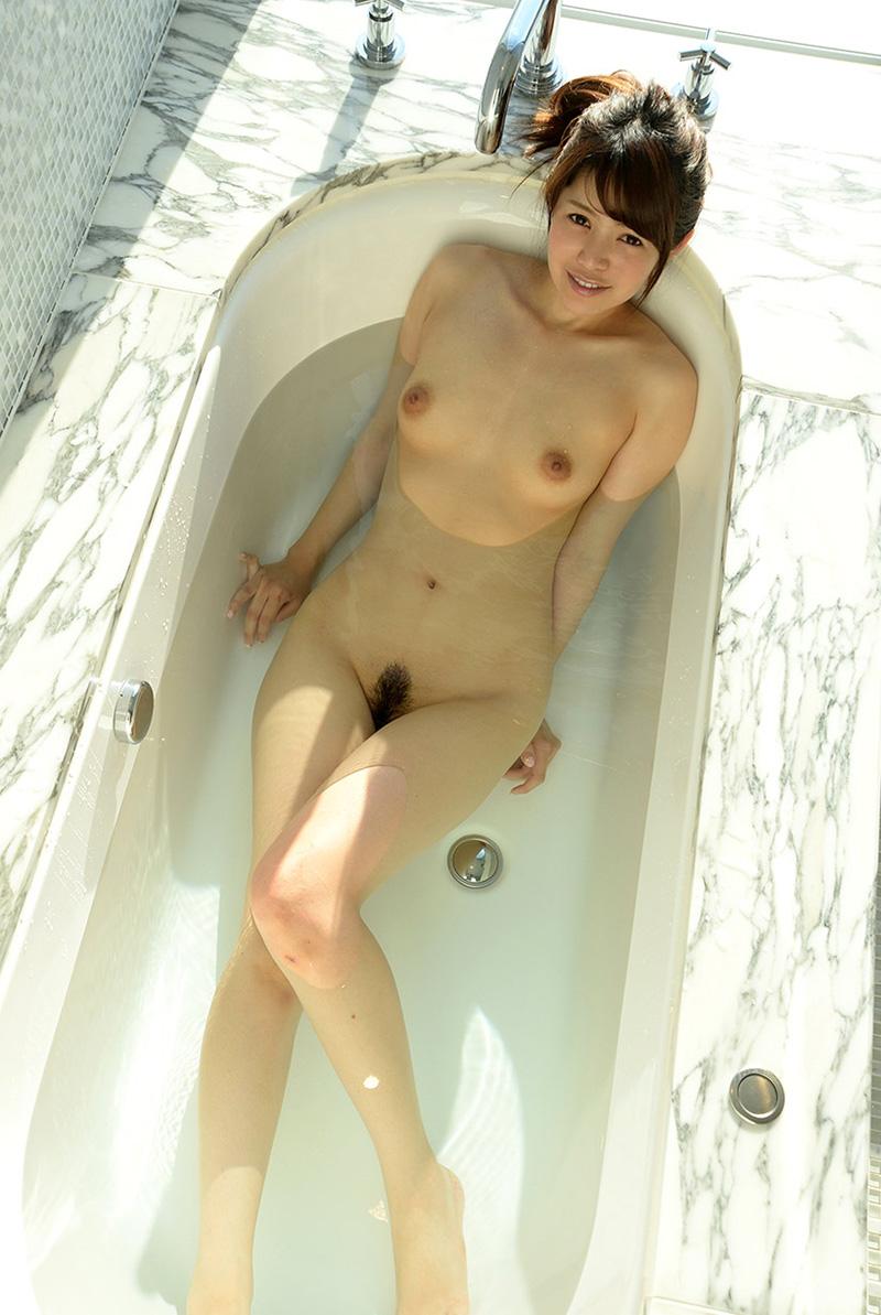 【No.27991】 入浴 / 佐々木玲奈