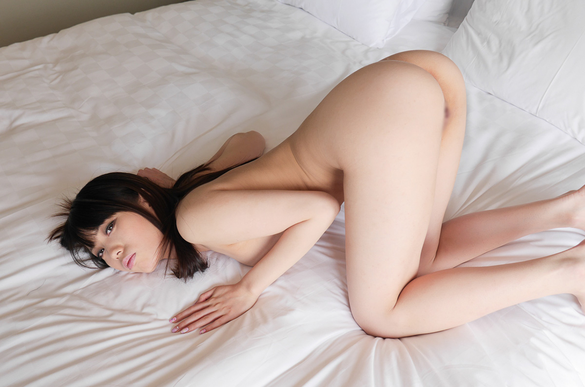 【No.29026】 四つん這い / 川菜美鈴