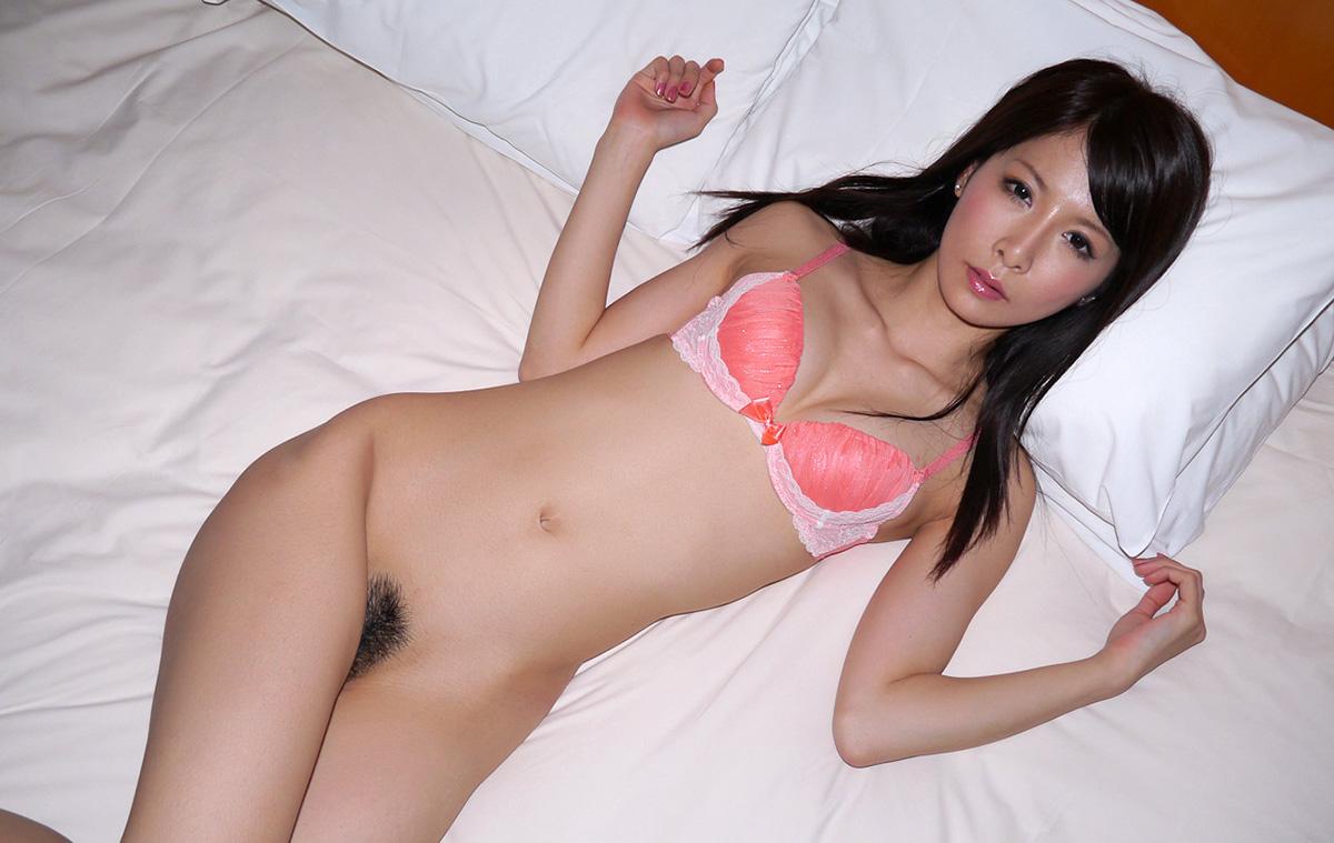 野村萌香のグラビア写真