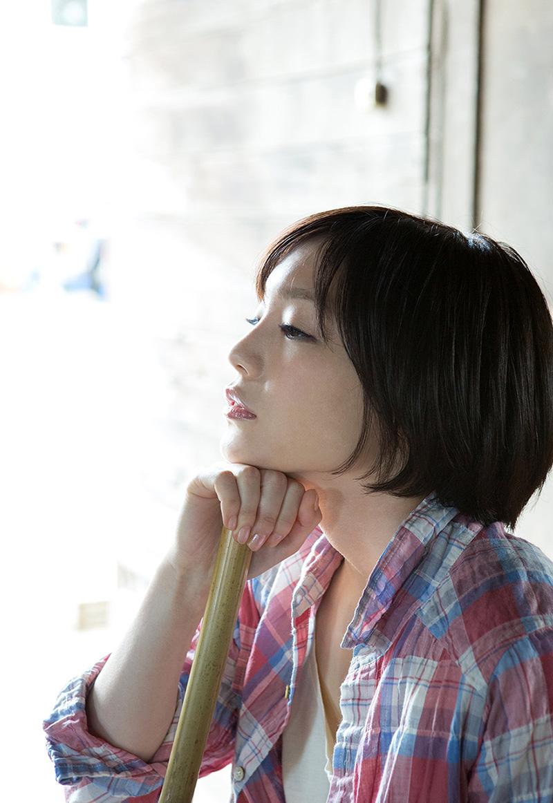 (No.29628) 横顔 / 鈴村あいり