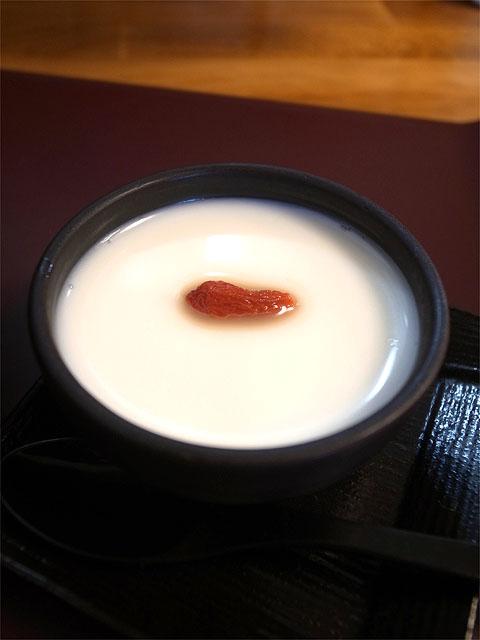 151108担担麺や 天秤-杏仁豆腐