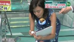 小島瑠璃子胸チラ画像7