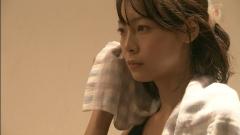 相武紗季ベッドシーン画像7