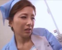 (ヒトヅマムービー)ヒトヅマの黒鮑☆我が社の掃除婦は店員たちの肉便器ww桐岡さつき