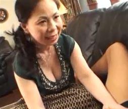 (ヒトヅマムービー)50代の乳房@美美巨乳ヒトヅマがムスコの筆おろしで燃え上がるww