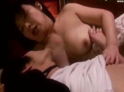 (ヒトヅマムービー)50代の乳房@美美巨乳の叔母さんと一夜かぎりの過ち@豊満ヒトヅマ