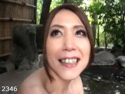 (モデルおばさん)色気溢れる奥さんと混浴ウワキりょこう-hurindouga