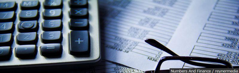 Numbers And Finance / reynermedia