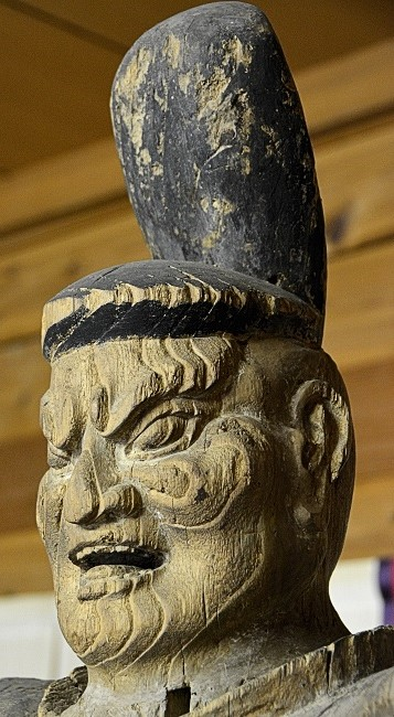 神谷神社・隋身像~阿形像