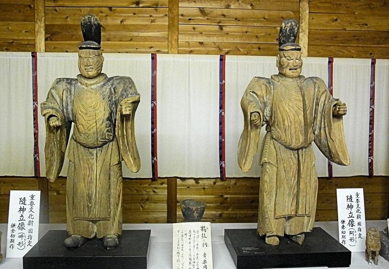 神谷神社・隋身像