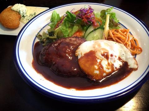 倉敷ランチ 洋食ひなた デミグラスハンバーグ定食とかにクリームコロッケ