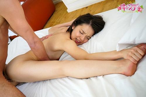 武井ゆうり微乳おっぱい画像a06