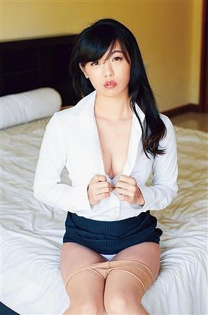 高田千尋巨乳おっぱい画像b05
